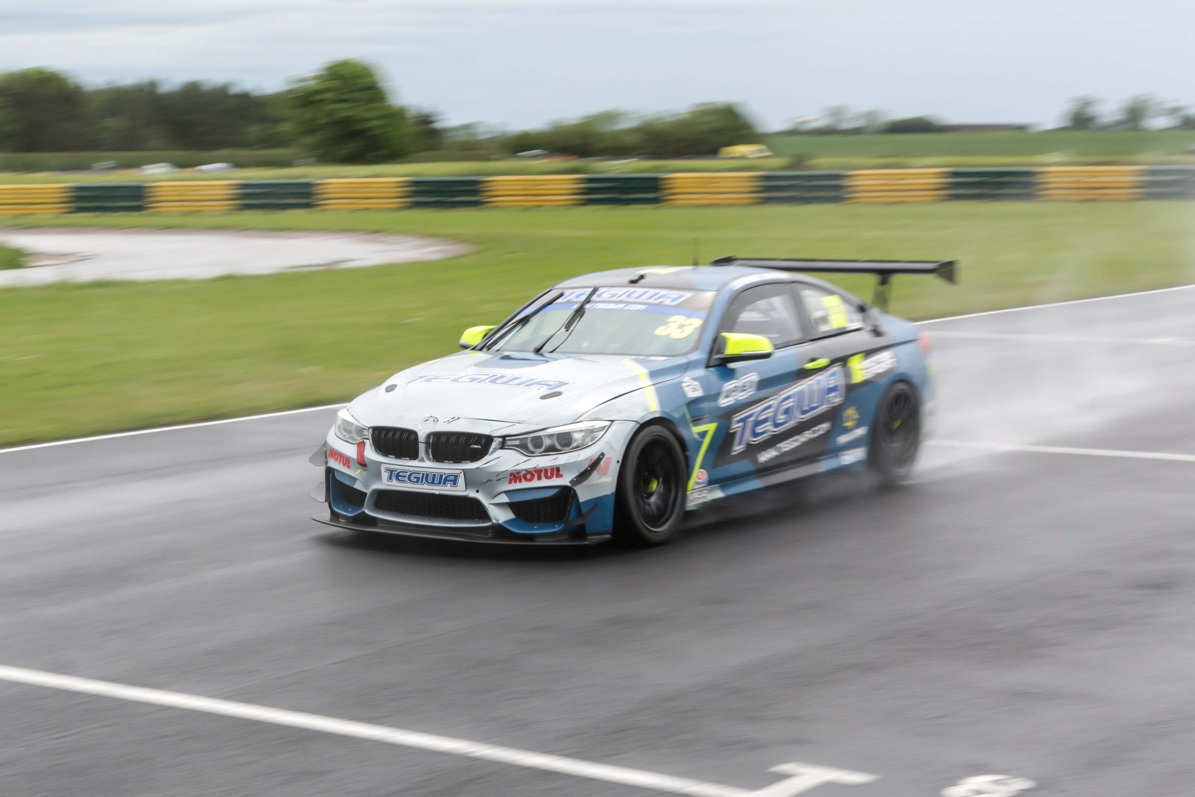 Tegiwa M4 Qualifying @ Croft