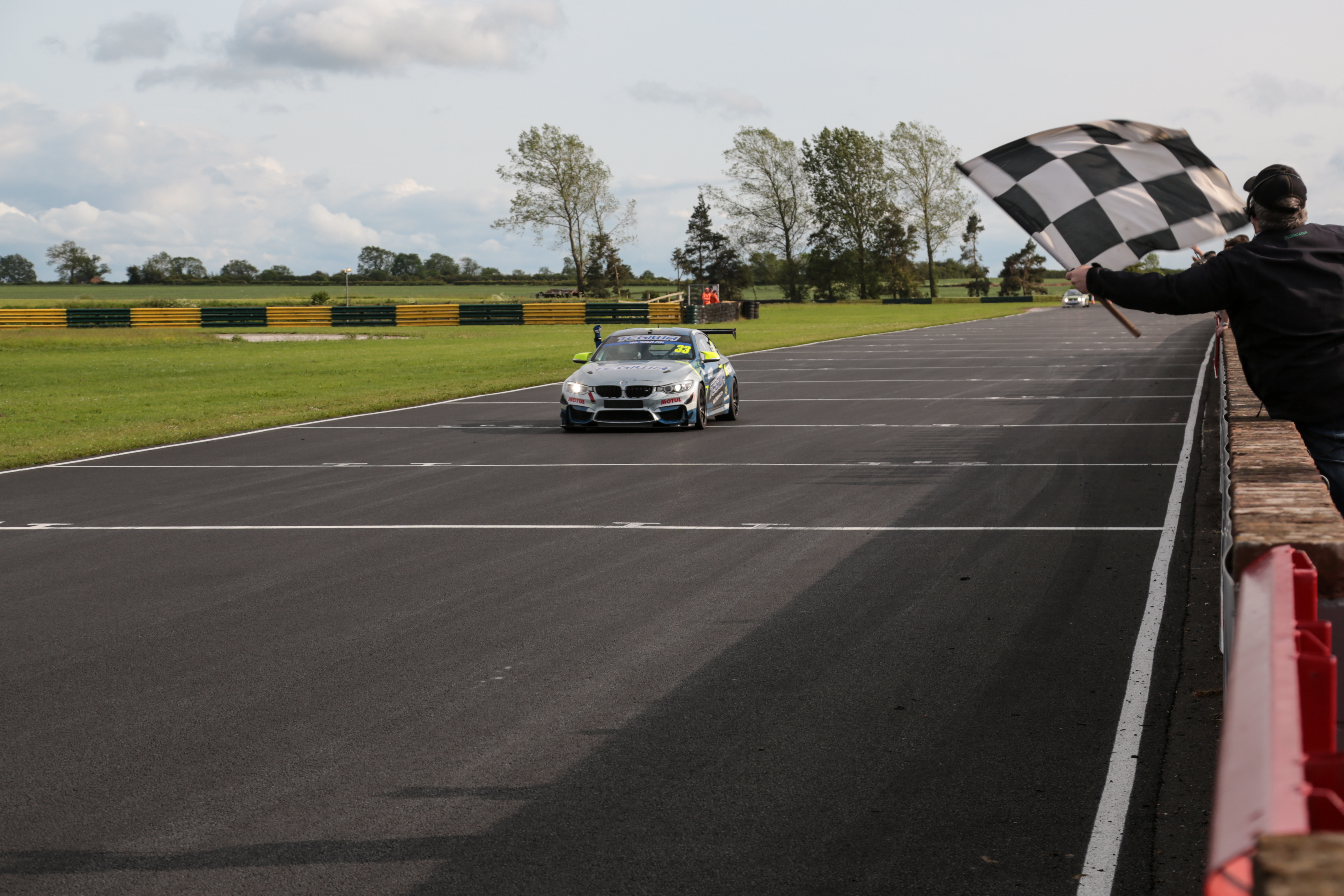 Tegiwa M4 Chequered Flag